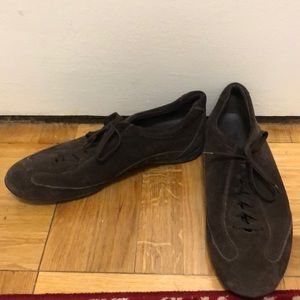 Tod's Brown Suede Lace Up Sneakers, Size 9